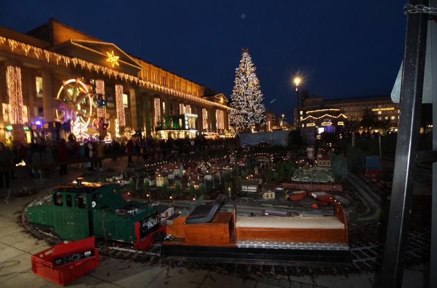 öffnungszeiten Weihnachtsmarkt Stuttgart.Weihnachtsmarkt Stuttgart 2019 Top Event Stuttgarter Weihnachtsmarkt